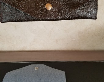 Faux Leather Textured Clutch