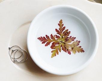 Red and Green Fern Ring Dish, Ceramic Ring Dish, Botanical Gift, Birthday Gift, Jewelry Holder, Engagement Gift