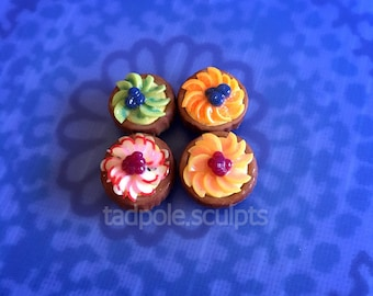 Set of 4 Mini Fruit Tarts