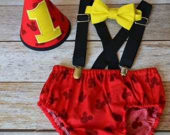 Boy Cake Smash Outfit,Boy 1st Birthday outfit,  boy cake smash, Bow Tie and Diaper Cover, 1st Birthday Outfit, Mickey Mouse Fabric & Yellow