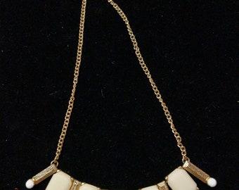 Maryland Scruff bib necklace cream and gold tone