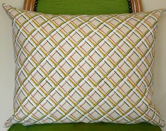 CLEARANCE! Vintage Lattice Pattern Pillow Cover