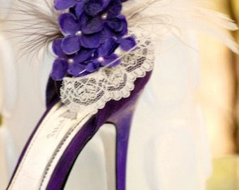 Shoe Clips Ivory & Purple Hydrangeas / Lace. Elegant Wedding, Bridal Shower Gift Idea. Pearls Feathers Tulle Couture, Country Rustic Brides