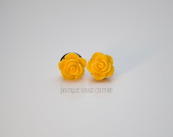 3D, yellow, carved rose earrings. 3 dimensional rose earrings.