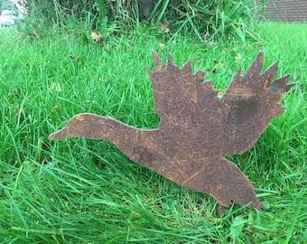 Duck Rusty / Patina, Mild Steel Metal Garden / Yard / Pond Art, Ornaments