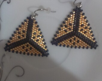 Triangle earrings woven Peyote beaded black and Golden miyuki delicas, modern and symmetrical