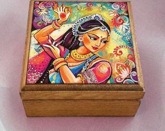 Bollywood dance, Indian woman, Indian decor, Indian woman art art box, wooden gift box, treasure box, jewelry box, 3.5x3.5+