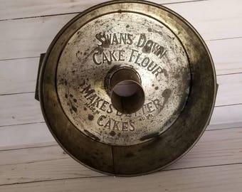 Vintage Bundt pan