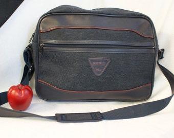 Carry-on Shoulder Luggage,Vintage Spirit by Verdi, Carry-on Bag, Green Tweed Bag, Shoulder Bag, Overnight Case,