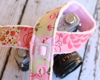 Camera Strap, dSLR Camera Strap,  Padded Camera Strap, Camera Strap Cover Alternative, Camera Accessories - Pink Floral.