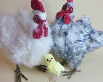 Ein Huhn zum selber nähen. Ebook mit 52 Seiten ink. Schnittmuster by Furry Critters