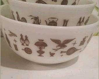 Vintage Pyrex Early American White Nesting Bowl Set
