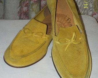 35% Off Sale Citron / lemon suede loafers 1960