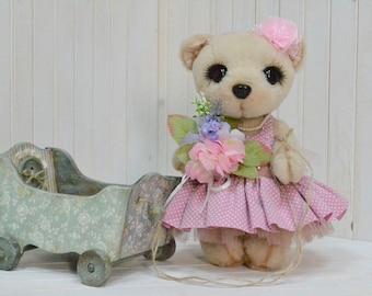 Artist teddy bear toy artist bear teddy bear animal animal stuffed animal toy teddy bear toy collector articulated sooo toy toy
