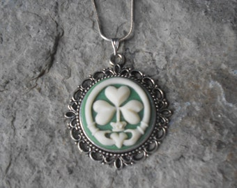 """Irish Claddagh Shamrock Cameo Pendant Necklace - .925 plated 22"""" Chain - Great Quality, St. Patrick's Day - Clover, Green"""