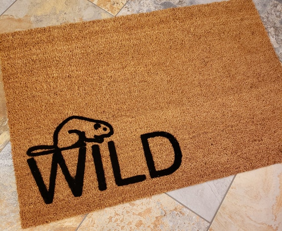 Wild Doormat / Beaver Doormat / Welcome Mat / Custom Mat / Cute Doormat / Gifts for Him / Gifts for Her / Housewarming Gift / Wild Beaver