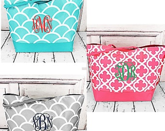 Monogrammed LARGE Tote/ Handbag / Bridesmaids Gift Idea!  3 NEW Prints!