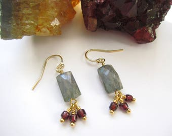 Labradorite Earrings, Garnet Jewelry, Faceted Labradorite Rectangles, Natural Labradorite Jewelry, Garnet Bead Dangles