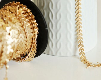 Brass Chevron chain rose gold - 50 cm