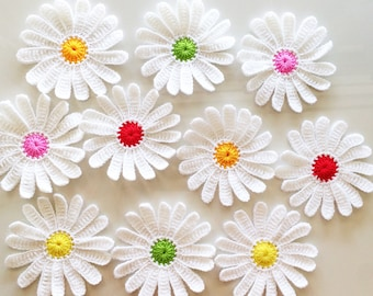 Lot 10 pcs Large Daisies Crochet Flowers Handmade Applique  Embellishment sewing in White size 4 ""