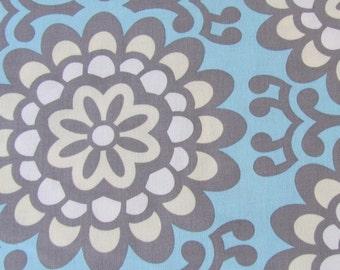 Murale fleur tissu Amy Butler-ciel bleu, gris, crème, blanc