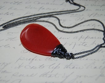 Red Orange Natural Agate Stone Wire Wrap Pendant Long Necklace .