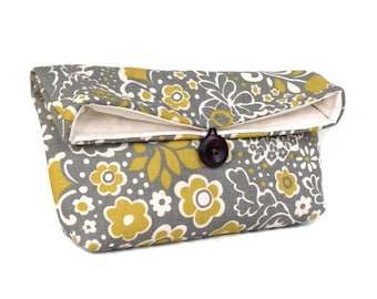 Citrine Ivory and Gray Clutch Purse, Floral Clutch, Bridesmaid Gift, Bridesmaid Clutch, Makeup Bag