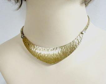 Hammered Brass Bib Choker Necklace Vintage Signed Napier