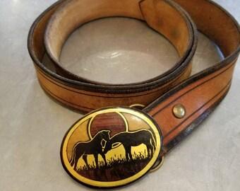 "Vintage 70s horse inlay belt buckle leather belt 34"""