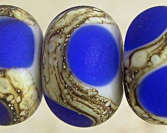 Lampwork Glass Bead Set of 6 Etched Matte Finish and  Silvered Ivory Web Accents Small 11x7mm Cobalt Blue on Gray Velvet