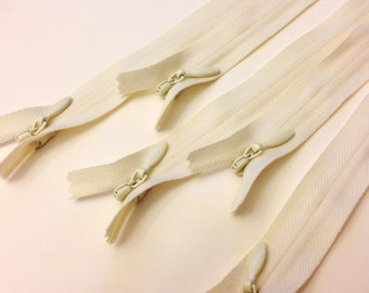 16 Inch conceal zippers, vanilla, Ten pcs - great for garments and pillow cases, YKK color 121