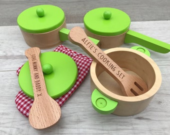 Personalised wooden cooking set for pretend play - gift for him - gift for her