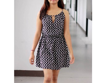 Chevron Mini Dress in black and white, summer dress, beach dress, cover up, zigzag dress