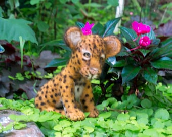 Needle Felted Animal Leopard Cub Sculpture Free shipping Wool Sculpture Wool Animal