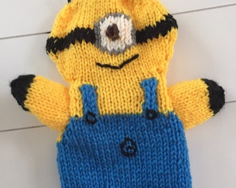 Inspired on Minion-puppet, hand puppets, custom puppets, custom puppet minion look-a-like, puppet, knitted puppets, knit puppet
