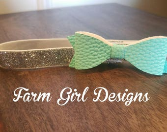 Glitter Bow / Glitter Headband / Mint Green / Silver / Baby Bow / Baby Headband / Coming Home Outfit / Cute Bow / Girls Bow / Faux Leather