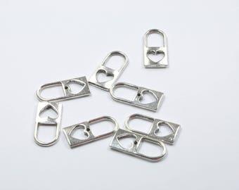 BR174 - Set of 8 silver padlock charms