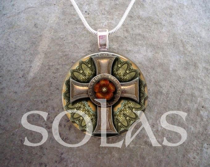 Steampunk Necklace - Glass Pendant Jewelry - Steampunk 1-13