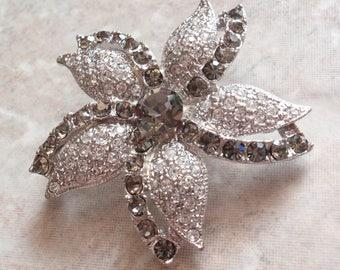 Flower Brooch Pin Rhinestones Silver Gray Black Vintage 082214RV