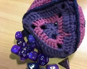 Crocheted d4 dice bag