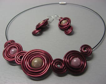 "Fancy ""Galaxy"" Burgundy and light pink bib necklace"