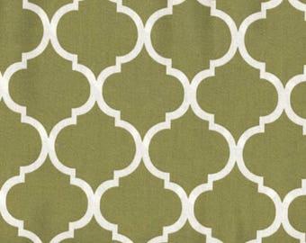 Quatrefoil Fabric White on Moss Green 100% Cotton