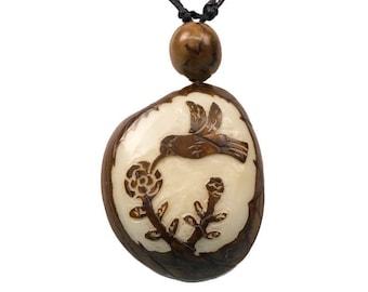 Tagua Nut Necklace: Hummingbird (1153-N344) P13