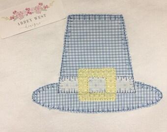Applique Pilgrim Hat Tee
