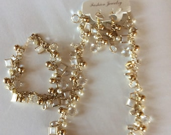 Light gold cluster necklace is a perfect Christmas gift necklace bracelet and earrings gold chunky chain