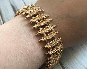 Avon Starflower Bracelet, 1970s Gold Tone Link Bracelet signed vintage Avon jewelry gold avon bracelet