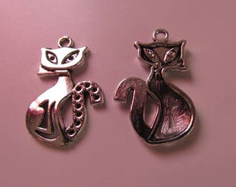 lot of 2 charms silver color cat 25mmx16mm