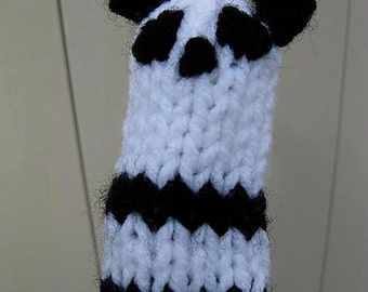 Panda Bear Finger Puppet knitting PATTERN - instant download - permission to sell finished items