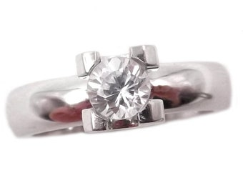 Women's solitary engagement ring in 18 kt white gold with diamond 0.40 Ct.