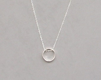Lg Circle Pendant Necklace